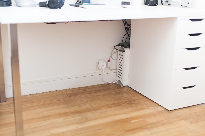 Cable management : quelques astuces pour avoir un bureau organisé